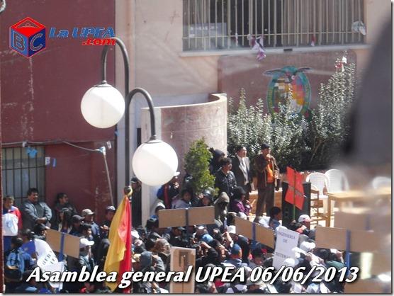 upea-asamblea-general-06-06-2013-autoridades-reyqui-laupea