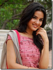 jasmine new cute still