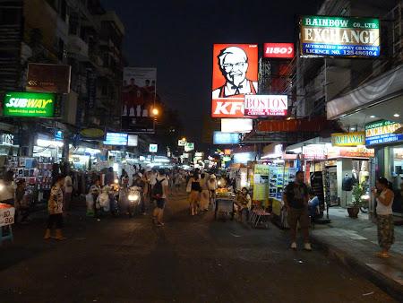 Cartier turisti straini: Khao San Road Bangkok Thailanda