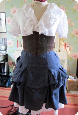 waist front