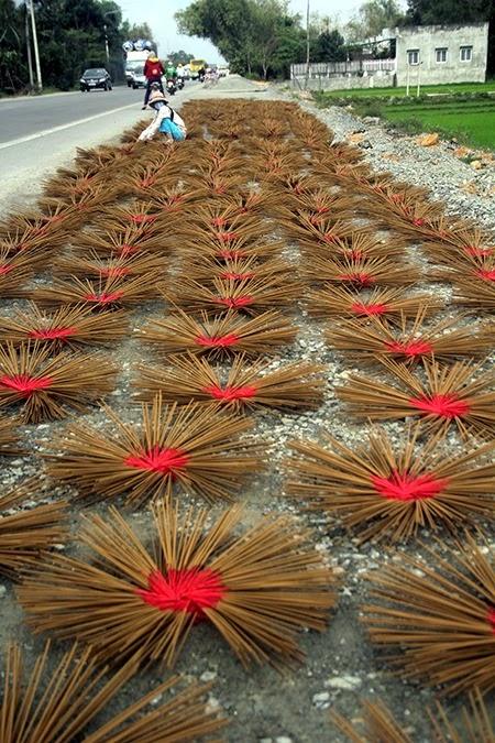 phóng sự thời sự Phật giáo - Người Áo Lam - 002