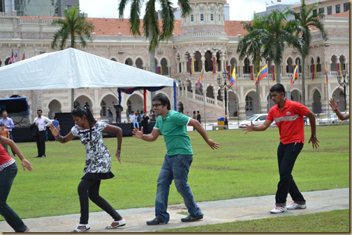 Download Siva Poojaiyil Karadi MP3 Songs| Siva Poojaiyil Karadi Tamil Movie MP3 Songs Download