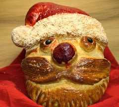 santa-bread_221