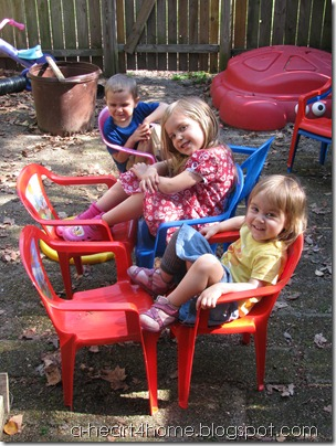 kids' lawn chairs 2