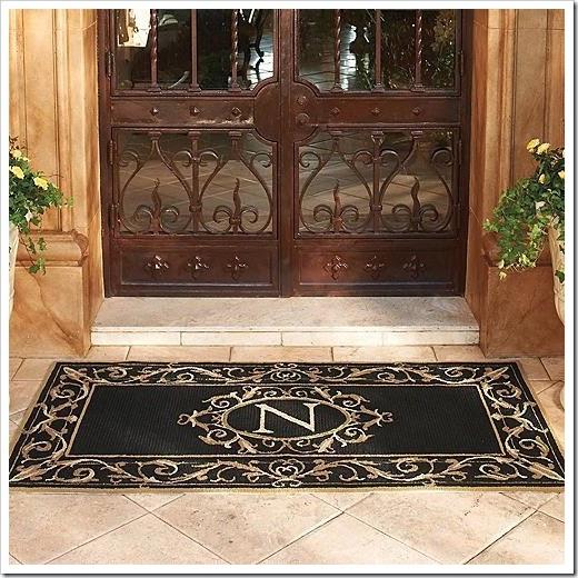 cool-st-clair-monogrammed-door-mat-WPcpu