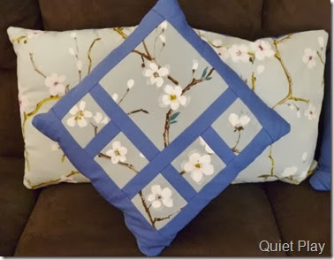 Blossom cushions