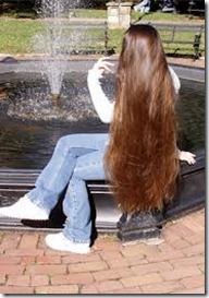 بالفيديو : خلطات طبيعية لتطويل الشعر