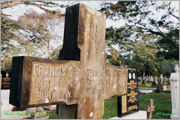 历史悠久的墓碑