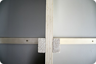 supports for bookcase shelves