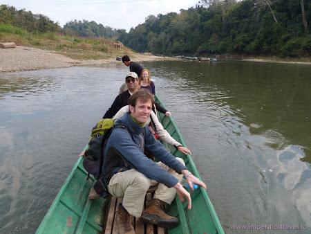 118. barca Laos.JPG