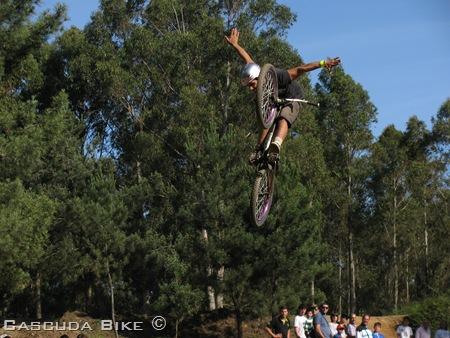Foto 16 de 36. Inauguración Circuito Arieiro, 2012. Dirt Jump