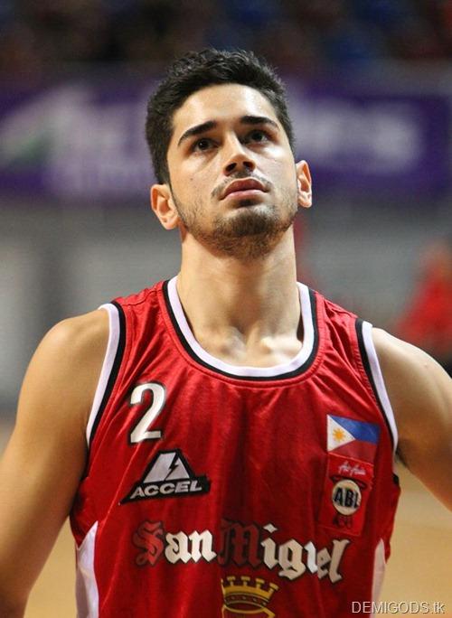 Chris Banchero (5)