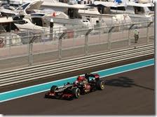 Grosjean nelle prove libere del gran premio di Abu Dhabi 2013