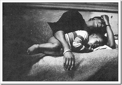 Gordon_Parks_Mother_and_Child_Harlem