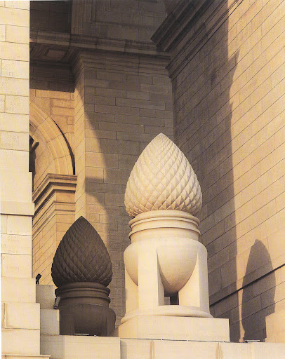 These gigantic urns and acorns, on the side openings of the All India War Memorial, have symbolized death and birth since Roman antiquity.