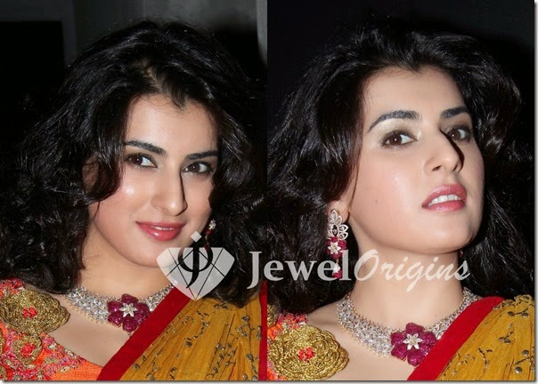 Archana_Diamond_Necklace