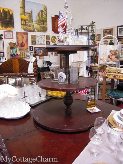 cute idea..they took a three tiered table and turned it into a lazy susan