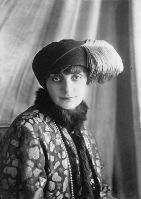 426px-Comtesse_de_Noailles-1922