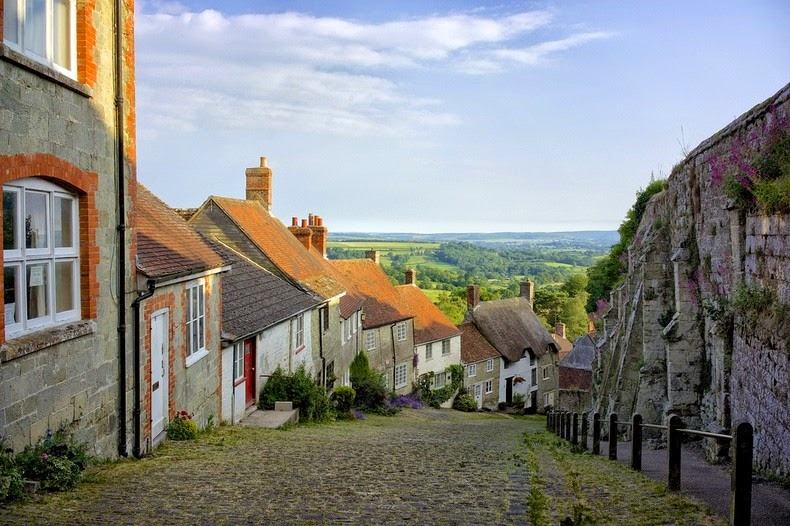 gold-hill-shaftesbury-2