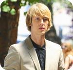 Nolan Ross (Gabriel Mann)