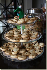Cathi's Cookie Party Nov 2012 024