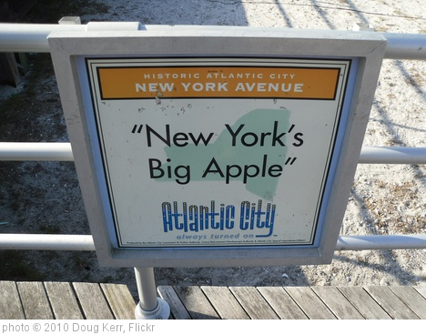 'Atlantic City Boardwalk - New Jersey' photo (c) 2010, Doug Kerr - license: http://creativecommons.org/licenses/by-sa/2.0/