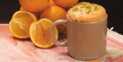 bolo de laranja de caneca