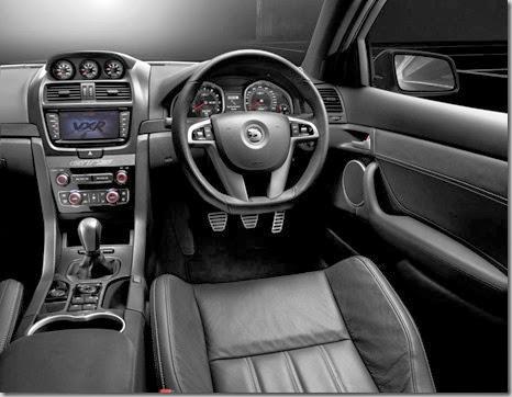 Vauxhall-VXR8-1