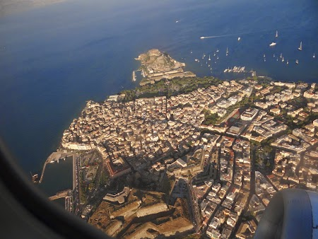 38. Corfu City din avion.JPG