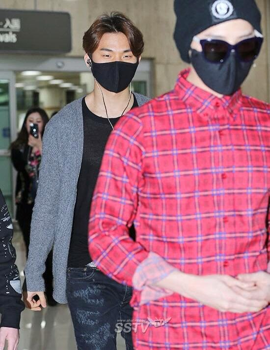 Dae Sung - Gimpo Airport - 14apr2014 - Press - SSTV - 1.jpg