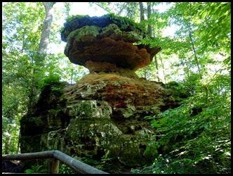 19 - Balance Rock-