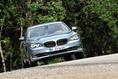2013-BMW-7-Series-102