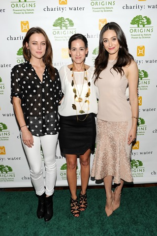 NEW YORK, NY - SEPTEMBER 16:  (L-R) Actress Jessica Stroup poses with hosts actress Emmy Rossum and Global President/General manager of Origins, Jane Lauder at the Origins Smartyplants event benefiting chartity: water at JIMMY at the James Hotel on September 16, 2013 in New York City.  (Photo by Bryan Bedder/Getty Images for Origins)
