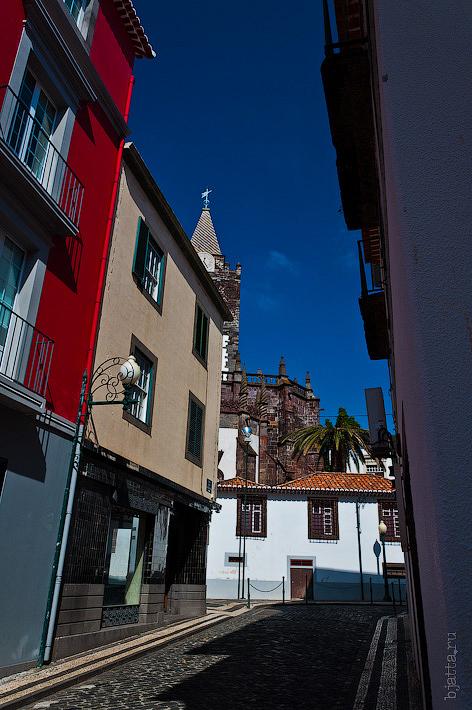 13. Фотопрогулка по улицам города. Улочки. Фуншал. Мадейра. Португалия. Круиз на Costa Concordia.
