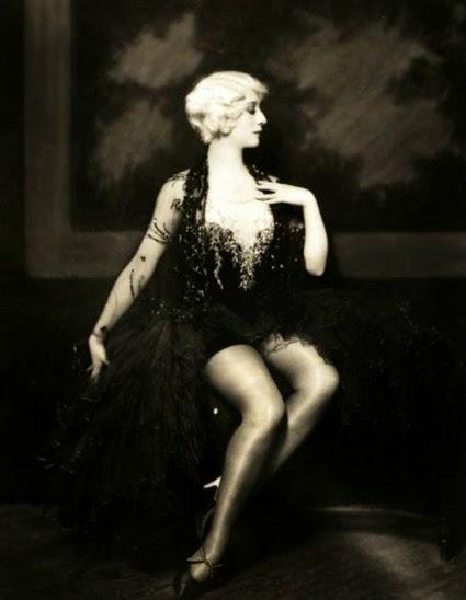Dorothy Stone 002