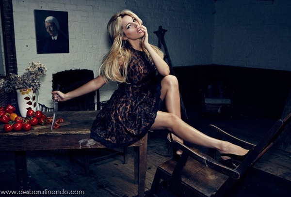 Kelly-Brooklinda-sensual-photoshoot-pics-boob-desbaratinando (1)