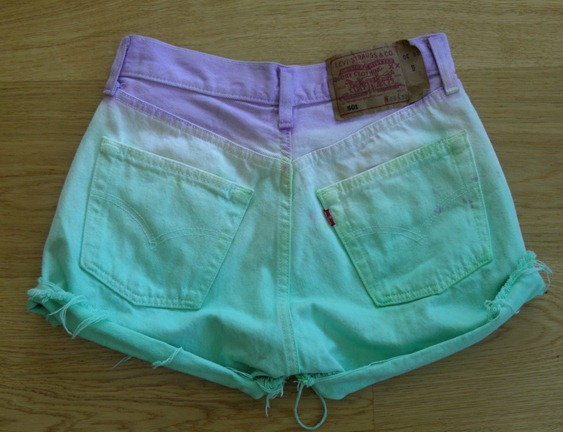 DIP DYE SHORTS 10