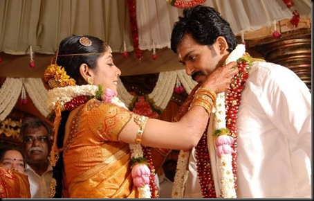 celebs_at_actor_karthi_and_ranjini_wedding_0307110620_026