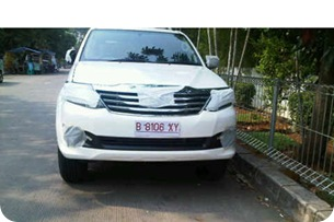 ToyotaFortuner2011-2