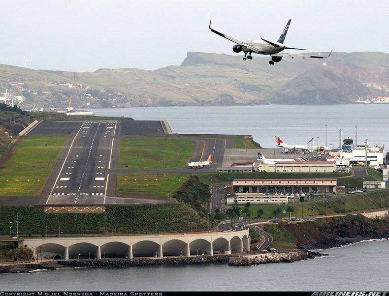 Madeira-Airport-9