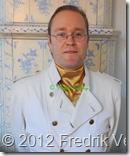 DSC02392 (1) Fredrik Vesterberg profil Vit läderjacka. Med copyright.