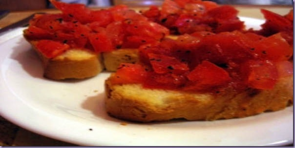 Aperitivo-Tomate-Pão
