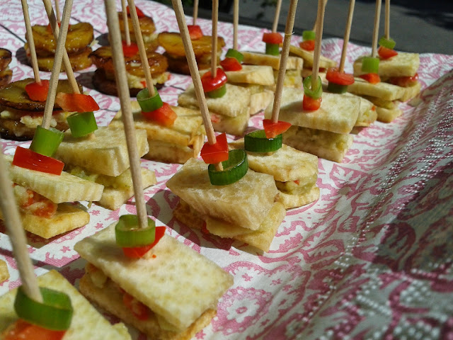 The vegan nigerian yam canapes for Canape vegan