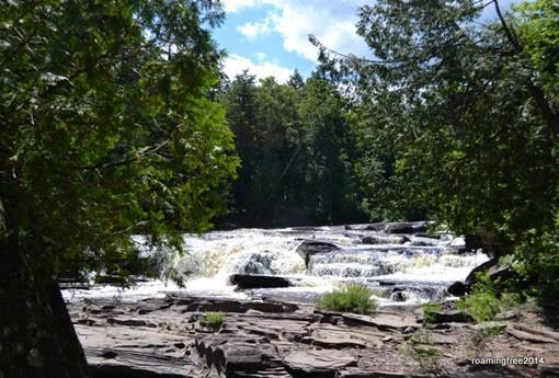 Mandido Falls