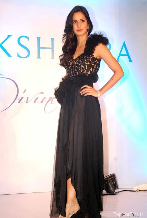 Katrina Kaif Hottest Pictures in Cute Black Dress 6