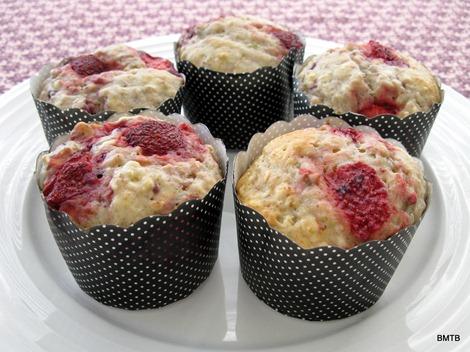 BerryOat Muffins