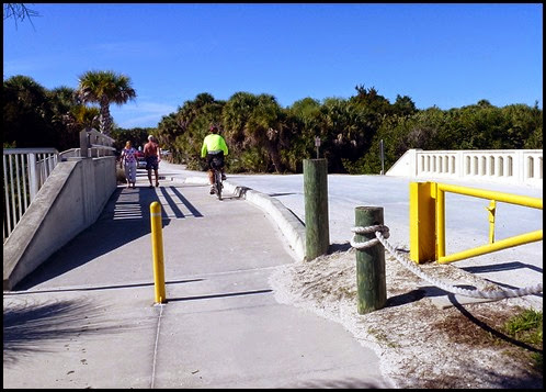 05f - Venetian Waterway Trail - trail ends at Caspersen Beach