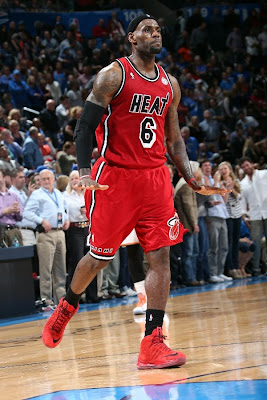 lebron james nba 130214 mia at okc 05 LBJ Powers Heat in new PEs. Ends Streak by Shooting ONLY 58%.