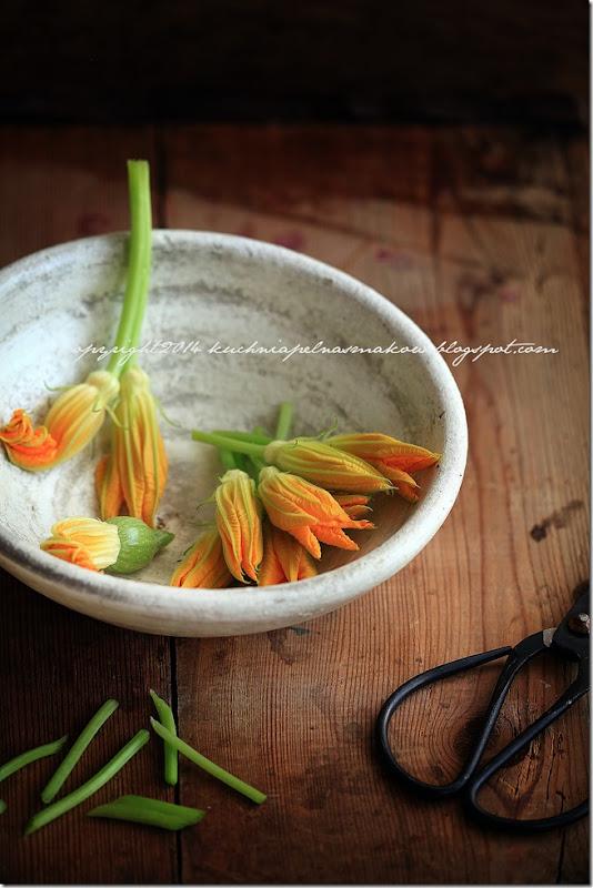 tarta z kwiatami dyni i cebulą (16)