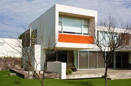 casa-moderna-alamos-e-hobby